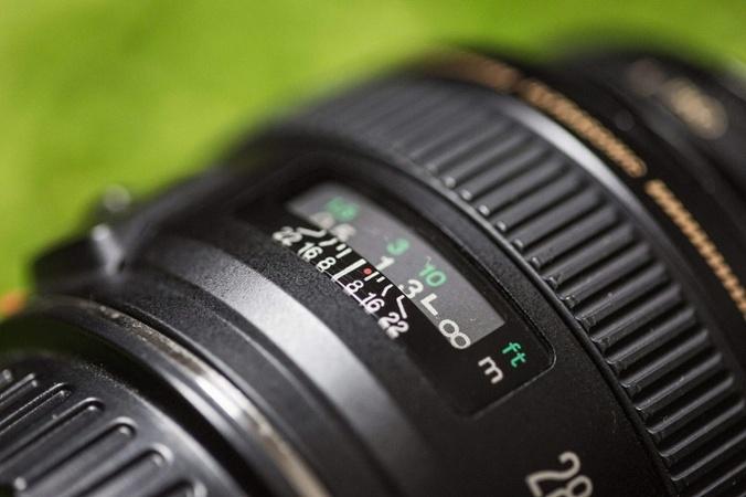 camera-f-stop-up-close